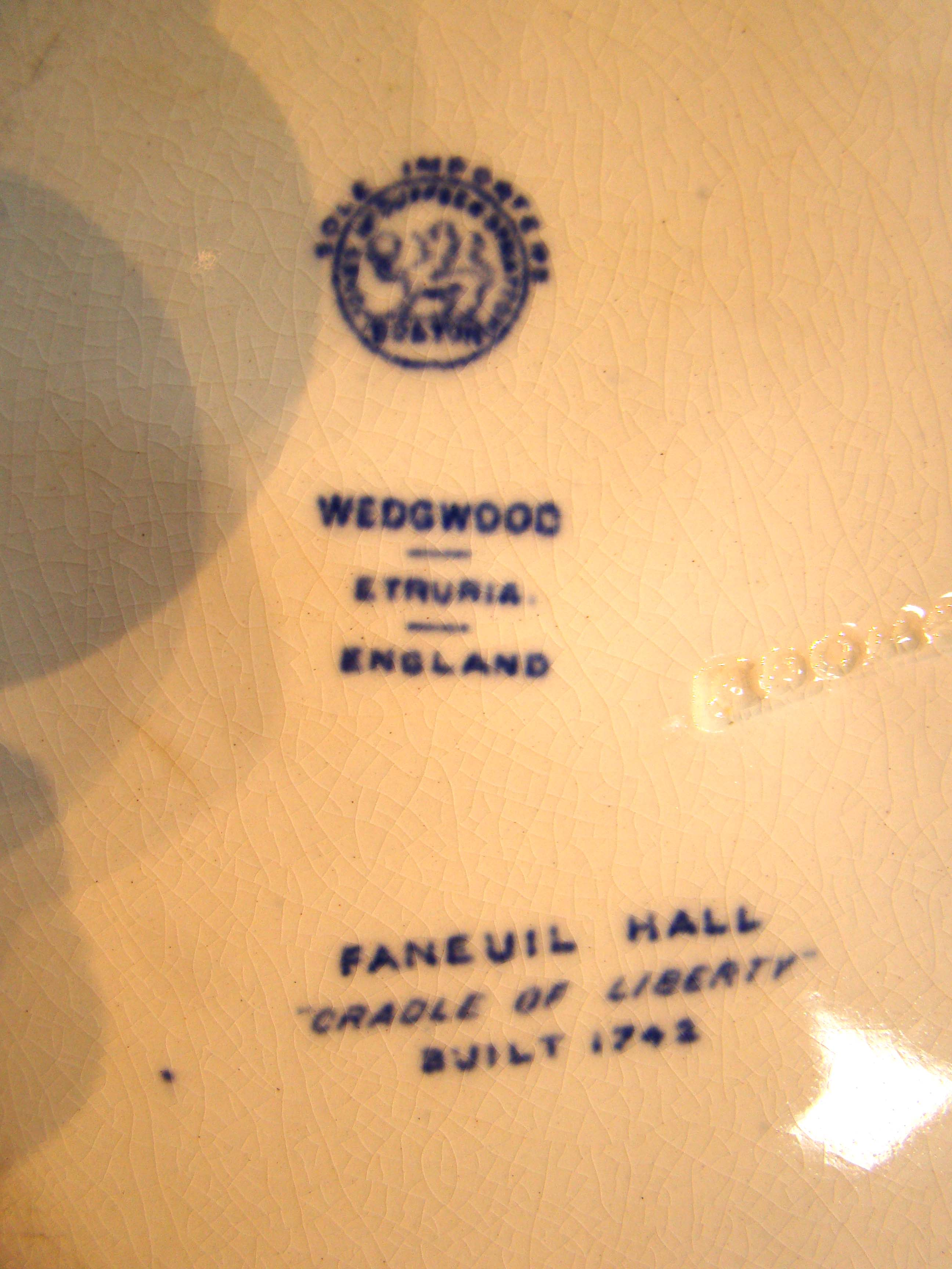click to view larger image of A fine Wegwood souvenir plate made in 1899 depicting Faneuil Hall in Boston