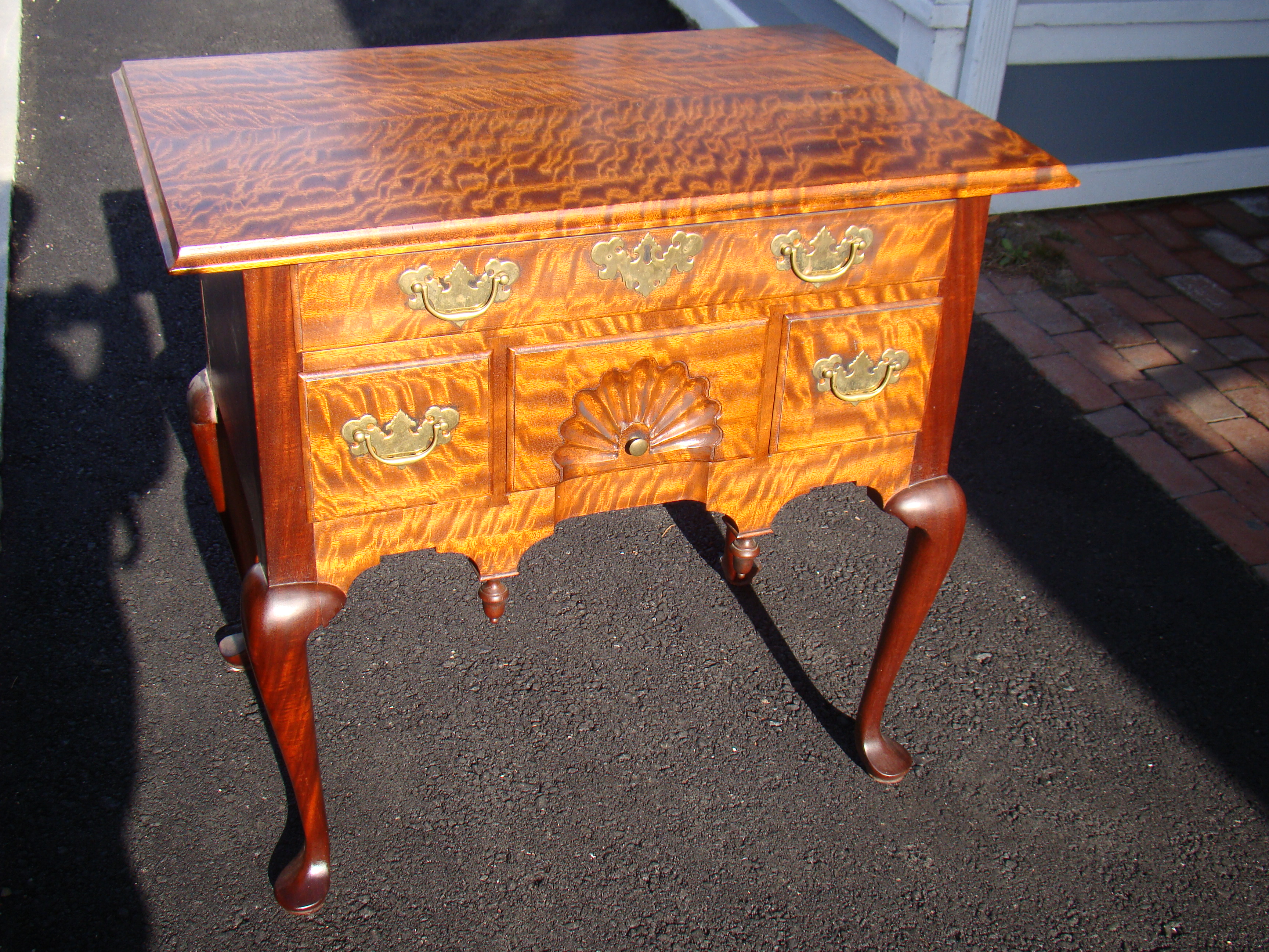 click to view larger image of An exceptionally beautiful contemporary Queen Anne style lowboy