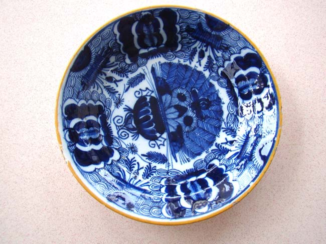click to view larger image of An exceptional 18th century Dutch Delft plate in the 'peacock' pattern from the De Porceleyne Claeuw factory circa 1730
