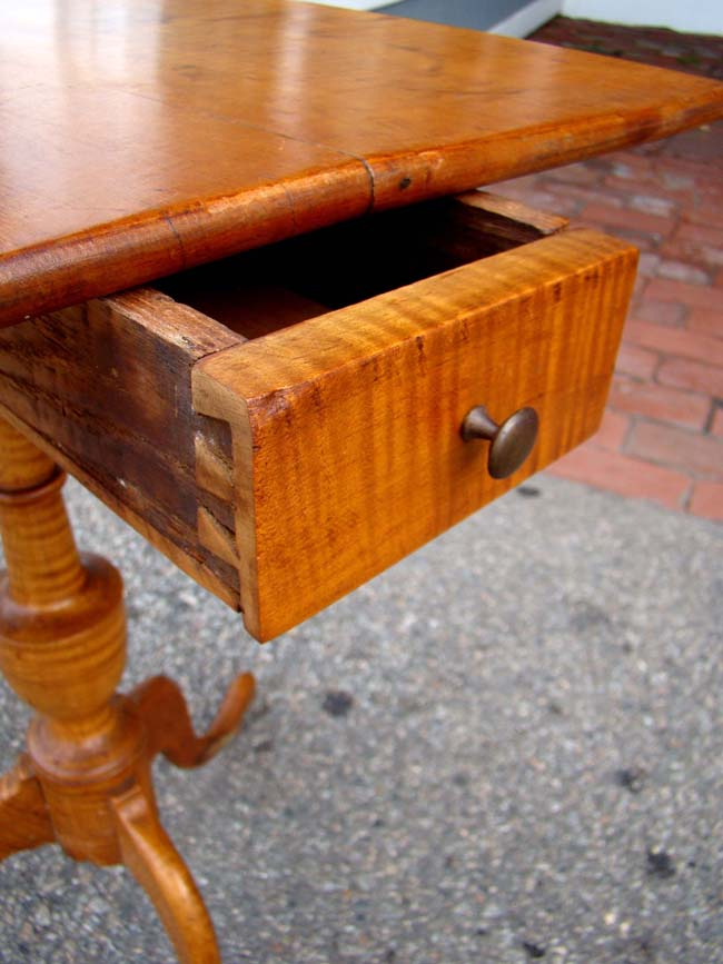 click to view larger image of A diminutive 18th century New England Tiger Maple one-drawer stand