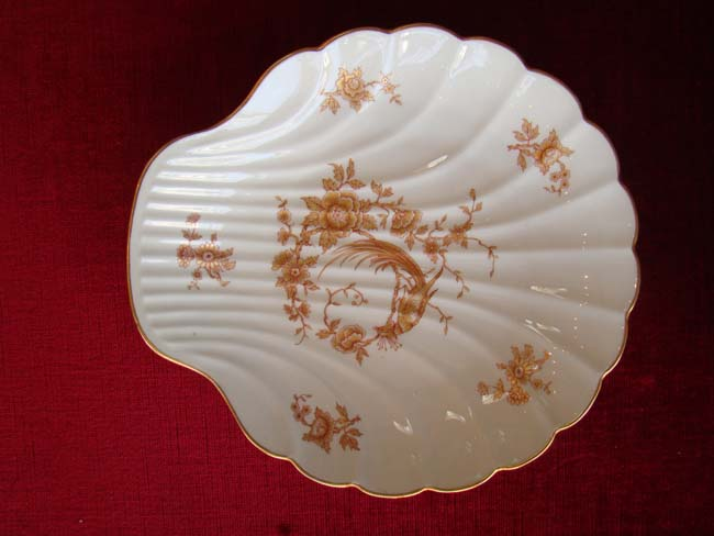 click to view larger image of A fine French Limoges bone china scallop plate in the Chinese style circa 1900