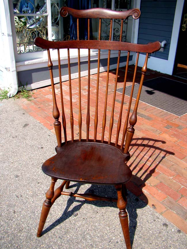 click to view larger image of A fine WALLACE NUTTING Comb-Back Windsor Chair, early 20th century