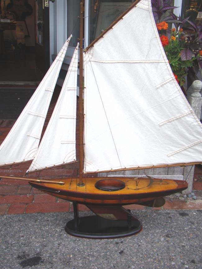 click to view larger image of A NANTUCKET Sloop pond boat circa 1930-1940