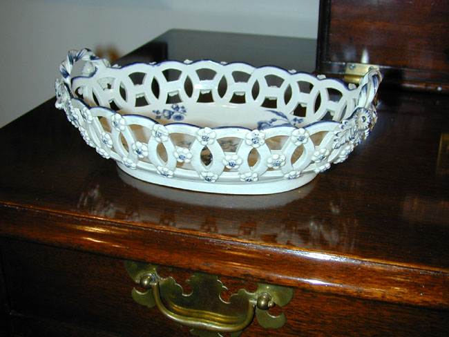 click to view larger image of An 18th Century English First Period Worcester Porcelain 'Chestnut' Basket Circa 1765