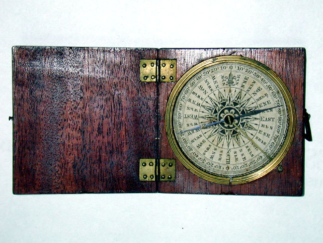 click to view larger image of A Fine late 18th/Early 19th Century English Pocket Compass
