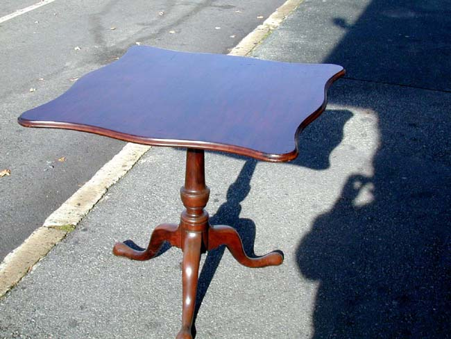 click to view larger image of An 18th century Mahogany Tilt-top Serpentine Table, North Shore, Mass., circa 1770-1790