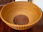 click to view detailed description of a beautiful contemporary NANTUCKET basket