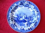 click to view detailed description of A fine Wedgwood souvenir plate circa 1899 depicting 'The Landing of the Pilgrims'