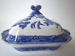 click to view detailed description of A beautiful 19th century Blue Willow covered serving dish by Ridgway