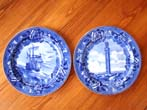 click to view detailed description of A pair of Antique Wedgewood plates commemorating the Landing of the Pilgrims and the Mayflower