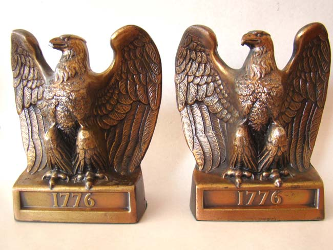 click to view detailed description of A pair of 1776 Bicentennial American eagle bookends