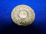 click to view detailed description of A RARE Button worn at the Inaguration of GEORGE WASHINGTON, March 4, 1789