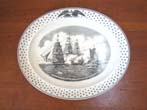 click to view detailed description of A fine Wedgewood platter commemorating the War of 1812 Naval Battle between the U S S Constitution and the H M S Java