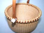 click to view detailed description of A Beautiful Contemporary Nantucket Basket by noted Cape Cod artist Kathy Campbell