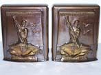 click to view detailed description of A Pair of MINT CONDITION New Bedford Whaling Monument Bookends circa 1960