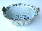 click to view detailed description of A 19th Century Chinese Export Porcelain 1000 Butterfly Pattern Reticulated Fruit Basket