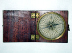 click to view detailed description of A Fine late 18th/Early 19th Century English Pocket Compass